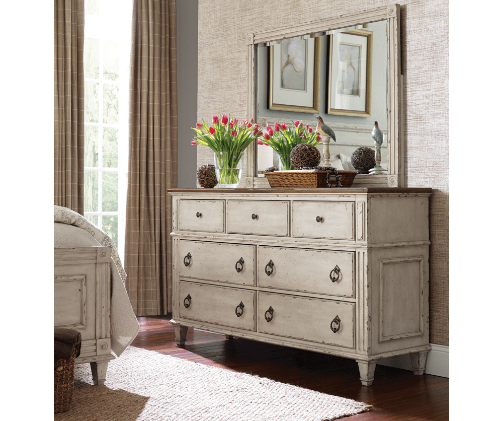 Souhtend-On-Sea Dresser 67022 RS